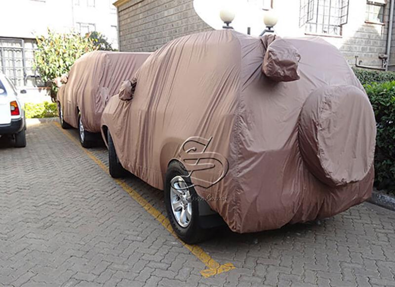 Bảo vệ xe ô tô bằng bạt phủ an toàn
