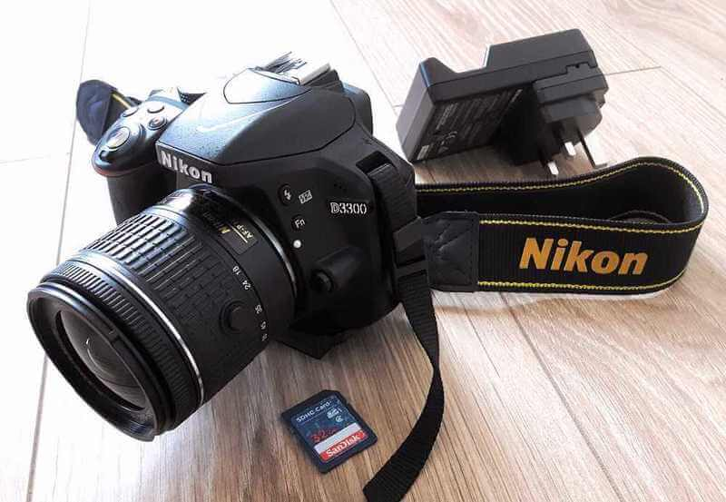 Bộ máy ảnh DSLR giá rẻ Máy Ảnh Nikon D3300 và KIT 18-55 VR
