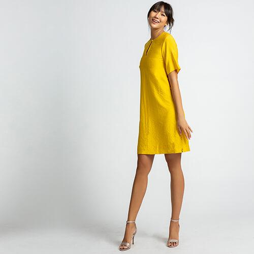 Đầm suông hity DRE095 màu vàng