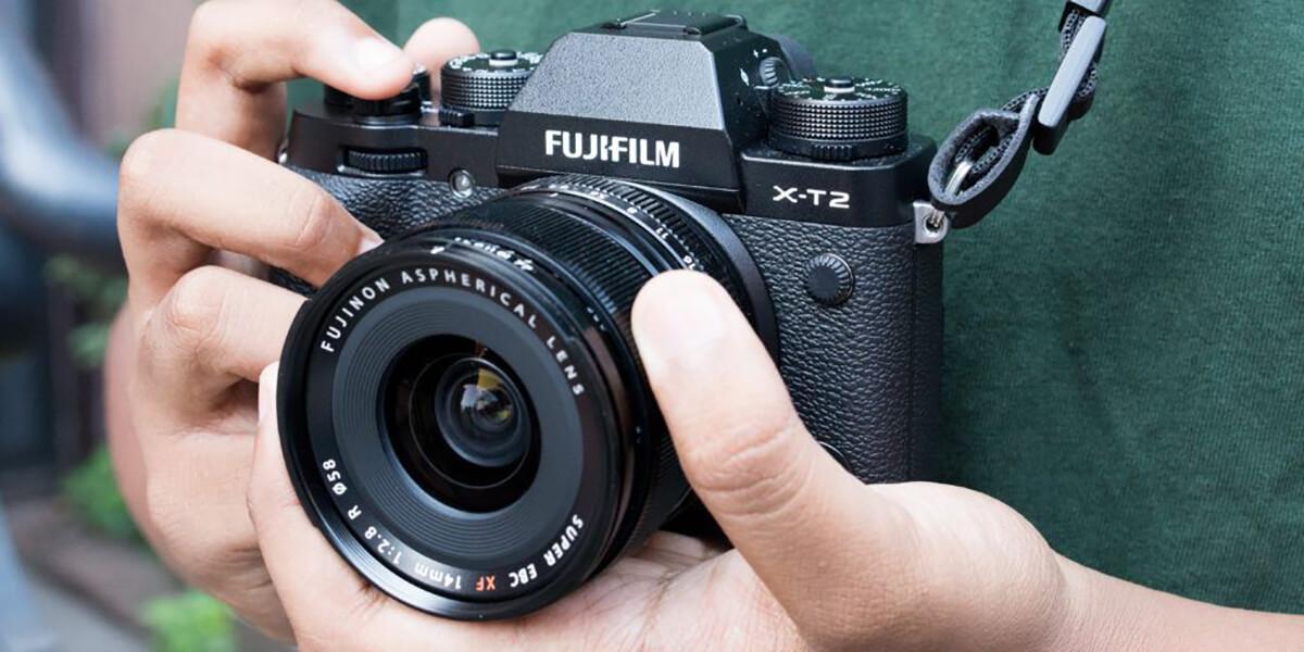 Vì sao nên chọn mua loại máy ảnh không gương lật?