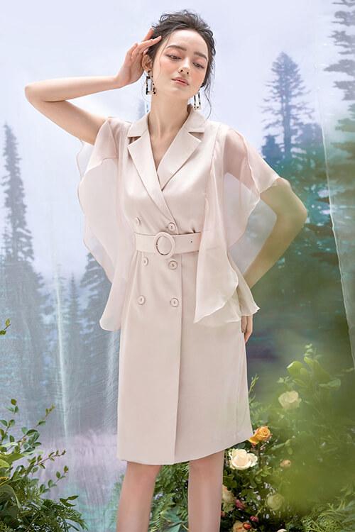 Đầm lụa, tơ liền phối màu vàng trắng nhạt