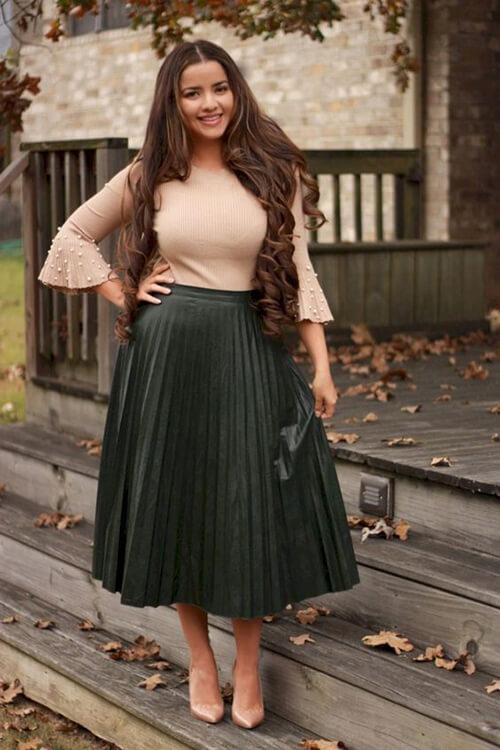 Váy đẹp cho người béo bụng